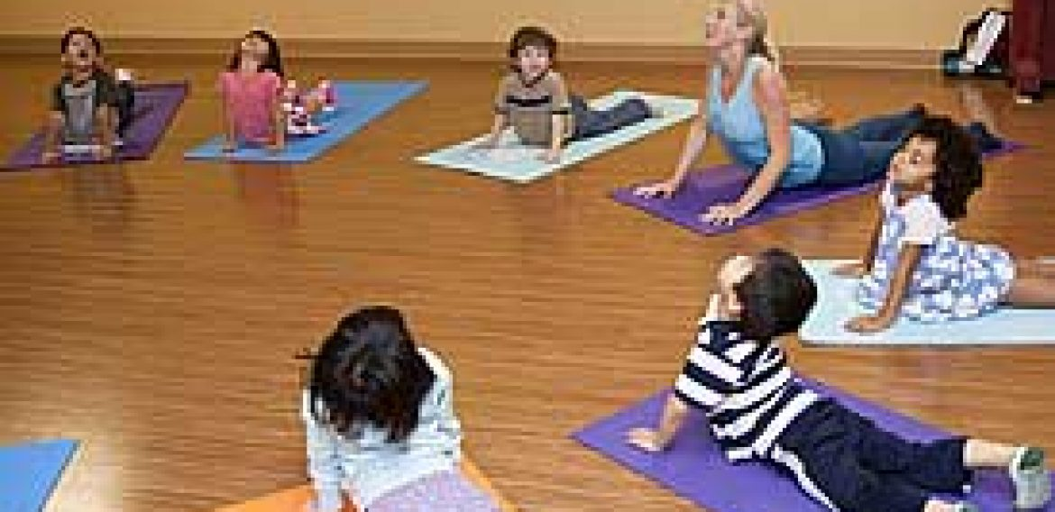 Children's Yoga: Take a (Virtual) Trip to the Zoo!